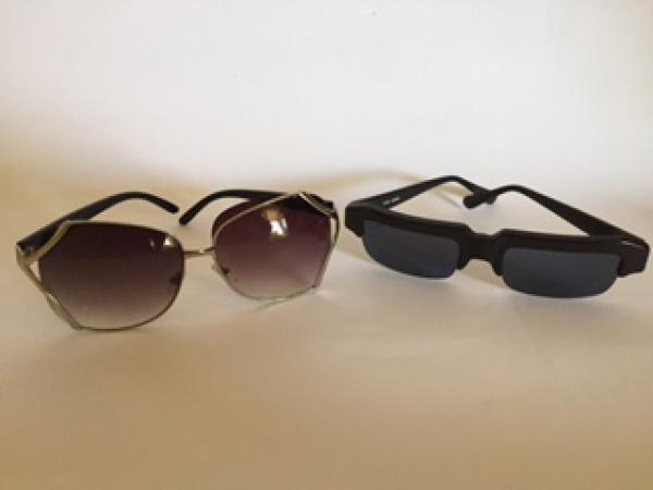 500c37cb3 2 óculos de sol esportivos. 1 modelo MS09030, feminino com lente degradee. 1  modelo S160, masculino com haste no formato retangular.