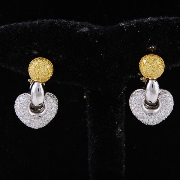 7d6853d846d NATAN - Par de brincos em ouro amarelo e branco cravejados de brilhantes.  138 pedras montado no ouro branco