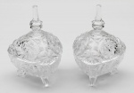 Par de bombonieres estilo Luiz XV, em demi cristal lapidado em espirais, alt. 19cm.